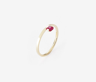 Birthstone Ring Ruby - July