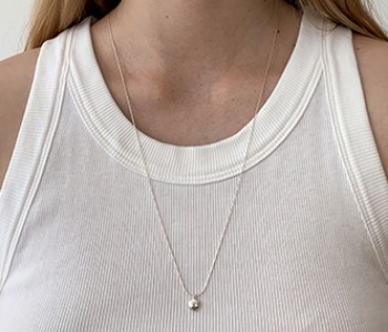 [usual ME] Tiny Pebble Long Necklace (15%off)